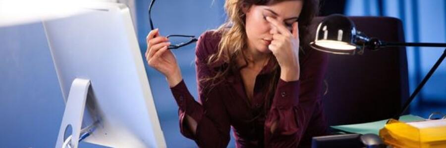 Компьютерный зрительный синдром: как уберечь глаза от вредного воздействия?