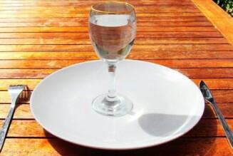 Кушать меньше – жить дольше!  Почему полезно голодать?