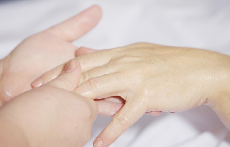 Домашний уход за ногтями и кожей рук